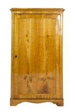 Kleiner eintüriger Schrank - Kirschbaum - Biedermeier  - Antik - Möbel - Antiquitäten
