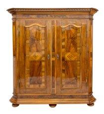 Pfälzer Schrank - Nussbaum - Barock  - Antik - Möbel - Antiquitäten